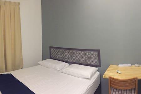 Queen bedroom at Bkt Chedang Seremban