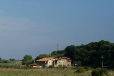 Villa a 1.5 km dal mare di Capalbio - House