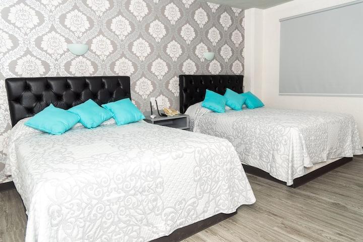 Hotel Kyrios