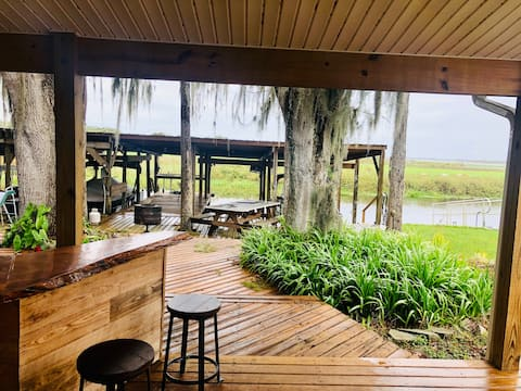 Waterfront Lake Kissimmee House W/ BOAT LIFT
