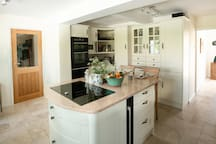 Superbly equipped modern kitchen.......