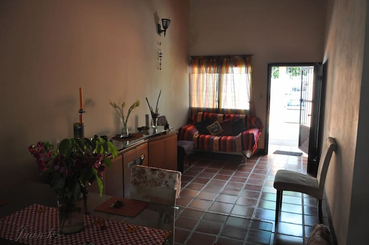 Room or entire flat in Margarita - Nueva Esparta - บ้าน