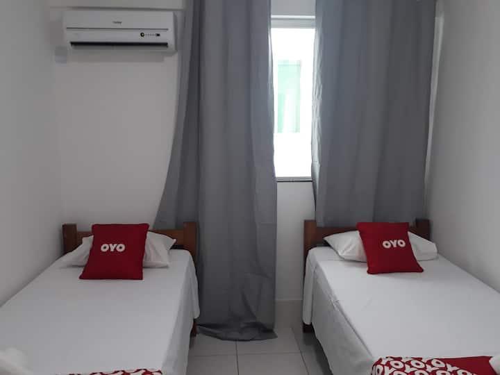 Quarto!!! 208 com duas cama de solteiro top.