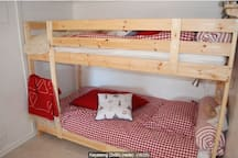 Bedroom 2 with bunkbed - 2 x 90cm. Low ceiling 180cm.