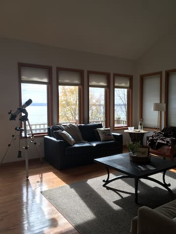 Beautiful Lakefront house in Bemus Point