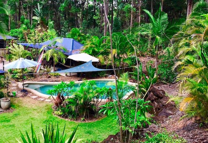 Forest Setting, Pool, Cabana, Netflix/Foxtel/Wifi