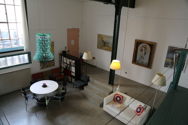 Charming artist's Loft,south of Paris,free parking