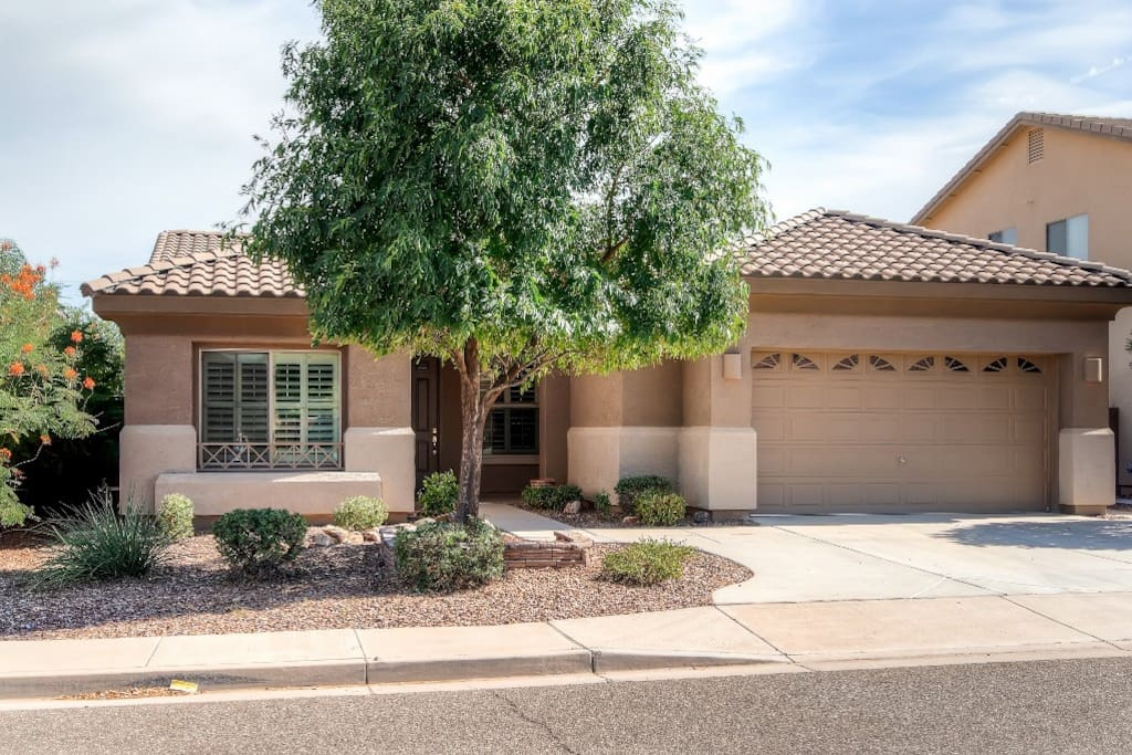 This beautiful Surprise vacation rental house is the ultimate Phoenix Area getaway!