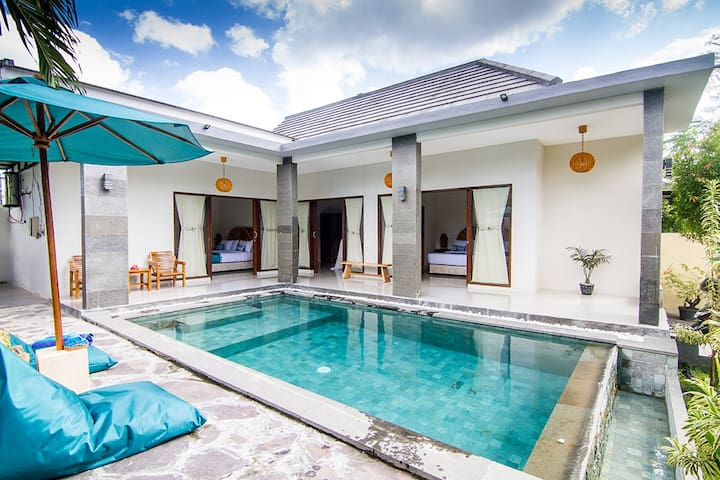 3 Bedroom Pool Villa★ Floating Breakfast ★Senggigi