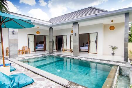 3 Bedroom Pool Villa★ Floating Breakfast ★Senggigi