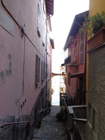 "VARENNA LAKE -NICE APARTMENT ""ROSE"" - Varenna - Huoneisto"