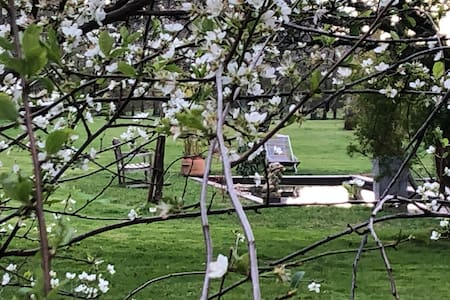 La villa hortus  House & garden    Pays d'Auge