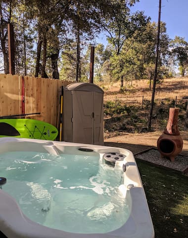 Glamping at it's best! close to Yosemite.