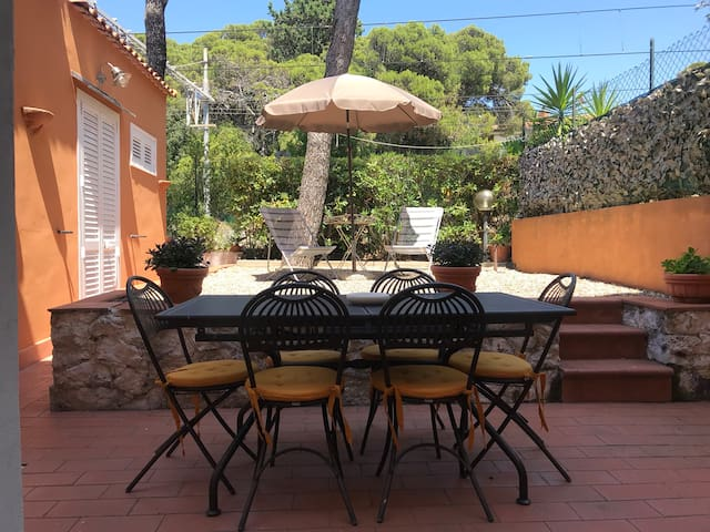 Airbnb Quercianella Vacation Rentals Places To Stay
