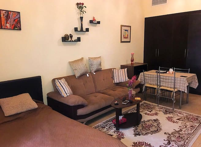 Clean And Cousy Fully Furnished Studio In Gate 1.