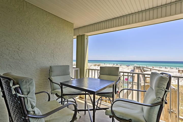 Seagrove Beach Condo w/ AC, BBQ & Pool Access!