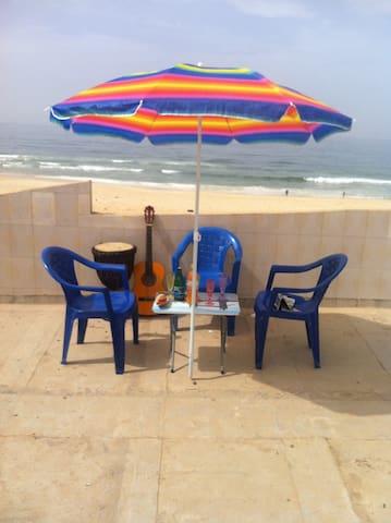 Chambre 2 a Dakar face à l océan - Dakar - Apartment