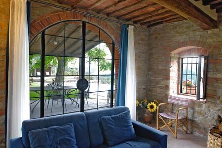 Appartamento CANTINA - Montebenichi - Pis