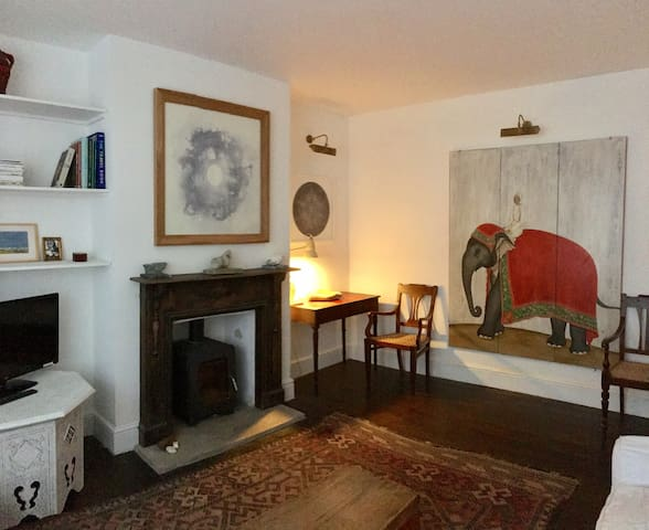 Artist owned Purbeck Victorian terraced house