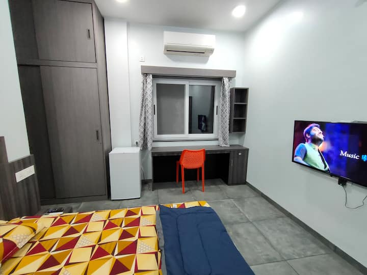 Shrivardhan Homestay Private Room 203