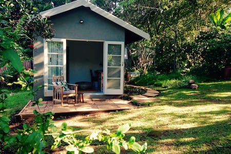 Garden Studio - Outer West Durban