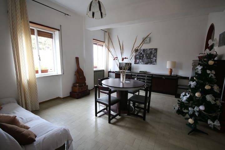 Alloggio Registi - Directors Apartment - Castel Giorgio - Wohnung