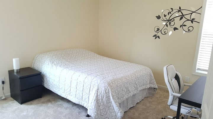 Serene Room with Queen Bed & Shared Full Bath