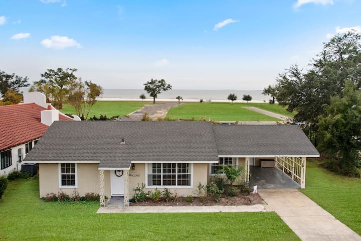 Finley House with Beautiful Gulf Views