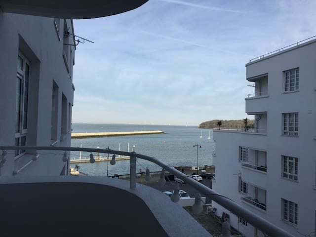 Charming flat by the sea front - Cowes - Huoneisto