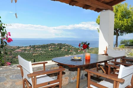 Stone villa/ Magnificent sea view/ Magical moments - Lefktro
