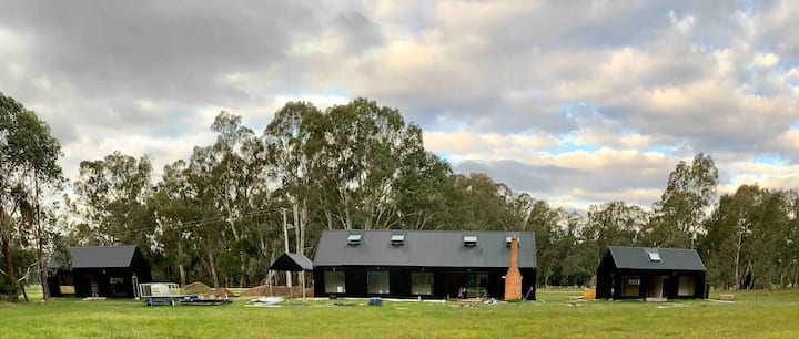 Shed One @ 3Blacksheds - Luxury Couple Getaway