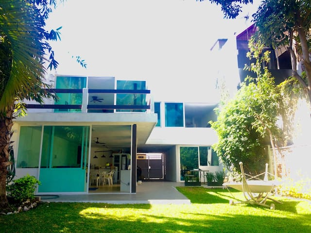 Casa en Tequesquitengo - Tequesquitengo - House