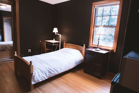 Private studio, 2blocks from NJTransit bus to NYC