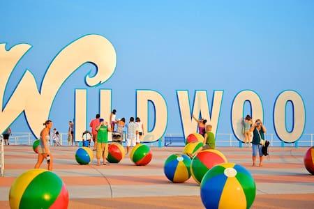 Great Location 1/2 block to beach and boardwalk - 懷爾德伍德(Wildwood) - 公寓