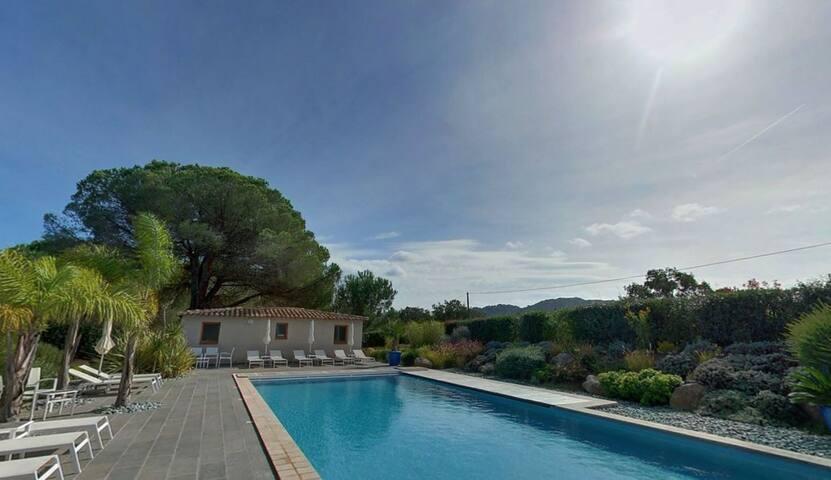Résidence Les Pins de Santa Giulia villa F2 M - Porto-Vecchio - Byt se službami (podobně jako v hotelu)