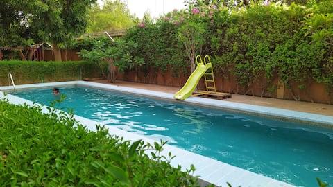 Niamey Appartment in Lush Garden, Perfect Location