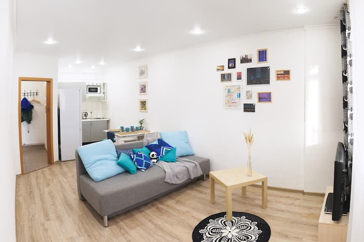 Light flat for 3 guests