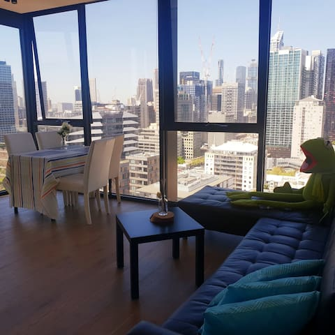 🤗Shared apartment 🛌 space available, Mel CBD 🌇