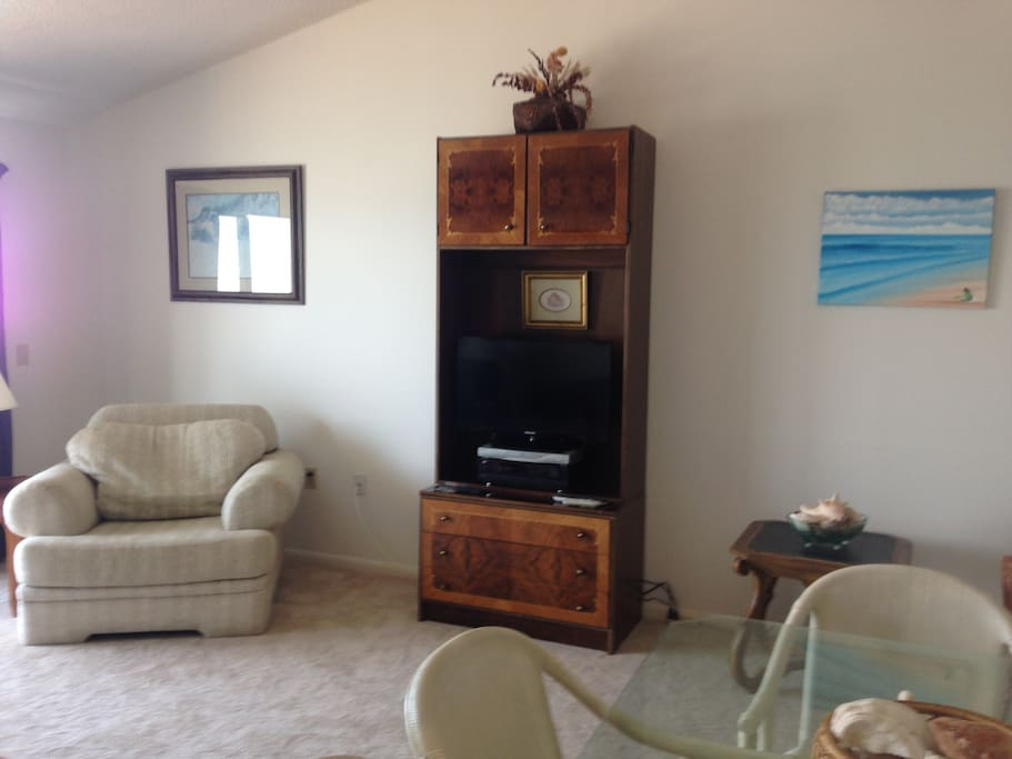 Comfortable and Light TV  area
