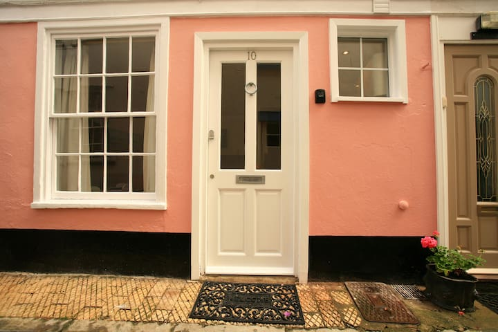 Briny cottage - 10 Newport Street. - Dartmouth - Rumah