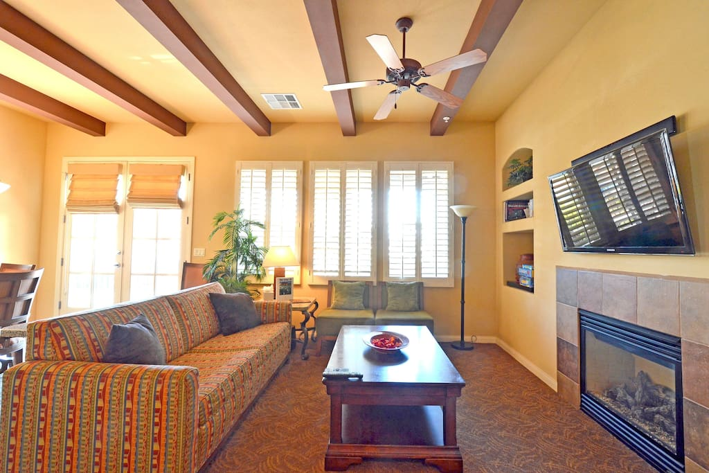 Large spacious units to enjoy while on vacation. Furnished Villas with everything you need for your family located in La Quinta Ca