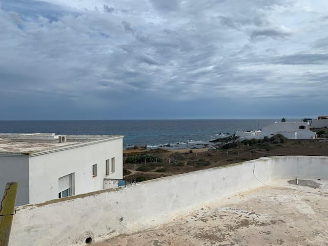 Airbetter - Beachfront 4bedroom Duplex in Kelibia