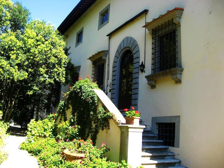 Villa with 6 bedrooms in Rignano sull'Arno, with shared pool, enclosed garden and WiFi