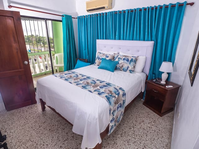 Room in Hotel with Balcony and Sea View