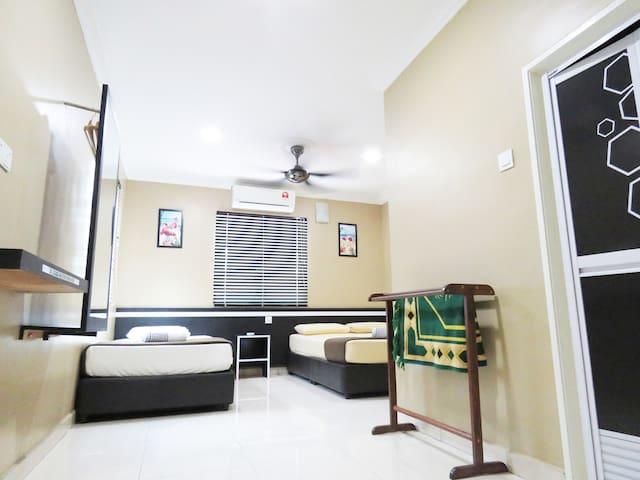 GM Motel - Triple Room