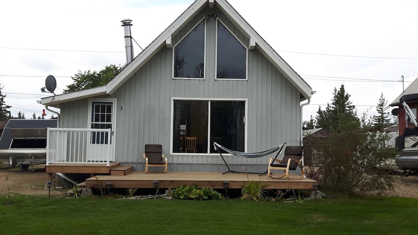 Delaronde Lake Cozy Family Cabin for Rent