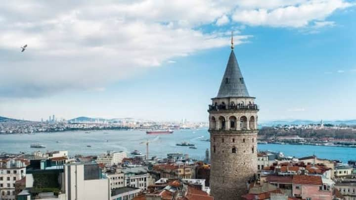 İstanbul'un Merkezi Üsküdar'da Ev Konforunda Daire