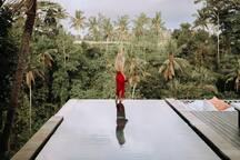 Villa Cella Bella's Private River Villa guests can access the Upper Villa on top of the cliff and enjoy the shared amenities; including the Infinity Pool, Sky Hammock, and Lover's Nest, etc.  Upper Villa guests, however, can't access the River Villa.