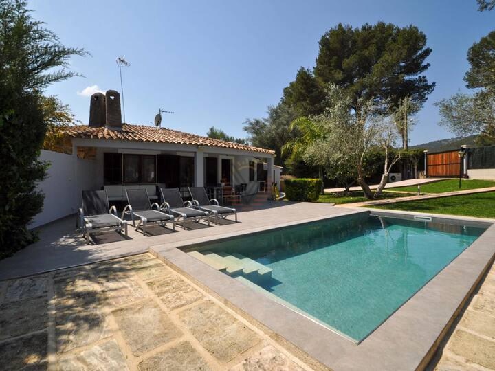 Casa Pequeña, Villa in urbanization Crestatx, Sa Pobla, Mallorca