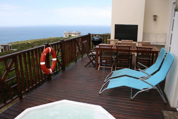 4 BEDR LODGE, PINNACLE POINT GOLF EST, MOSSEL BAY
